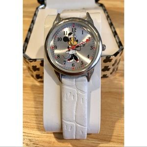 RARE NIB Disney Minnie Mouse Nurse Wrist Watch